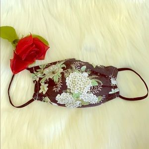 BRAND NEW FLORAL VINTAGE STYLE FACE MASK